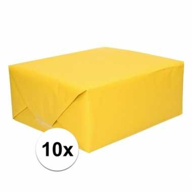 10x inpakpapier/cadeaupapier geel kraftpapier 200 x 70 cm rollen