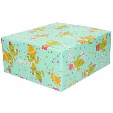 1x inpakpapier/cadeaupapier mint met cactus en happy birthday slinger 200 x 70 cm op rol