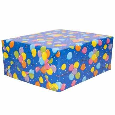 1x rollen inpakpapier/cadeaupapier blauw met gekleurde ballonnen design 200 x 70 cm