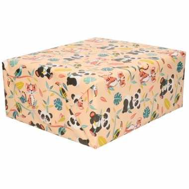 1x rollen inpakpapier/cadeaupapier oud roze met panda/ tijger print 200 x 70 cm rol