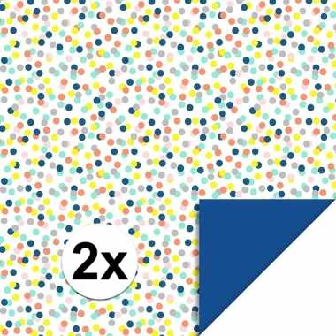 2x inpakpapier/cadeaupapier confetti 200 x 70 cm gekleurd