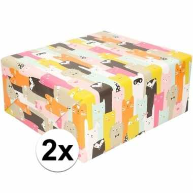 2x inpakpapier/cadeaupapier dierenhoofdjes 200 x 70 cm op rol