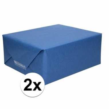 2x inpakpapier/cadeaupapier donkerblauw kraftpapier 200 x 70 cm