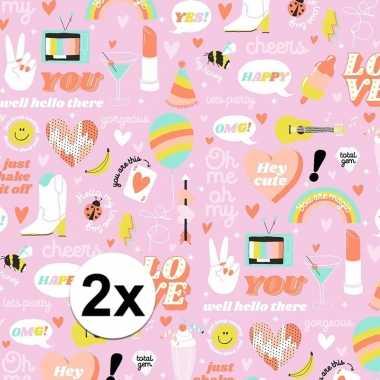 2x inpakpapier/cadeaupapier girlpower 200 x 70 cm roze