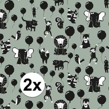 2x inpakpapier/cadeaupapier happy animals 200 x 70 cm