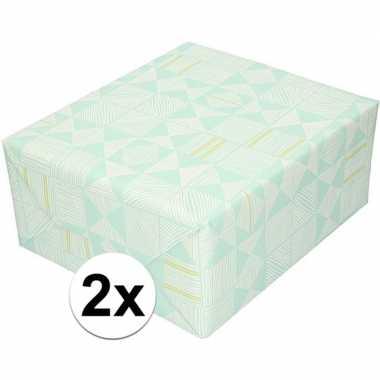 2x inpakpapier/cadeaupapier mintgroen/grafische print 200 x 70cm