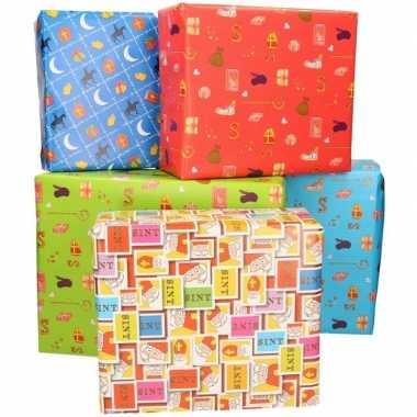 5x sinterklaas inpakpapier/cadeaupapier gekleurd 2,5 x 0,7 meter