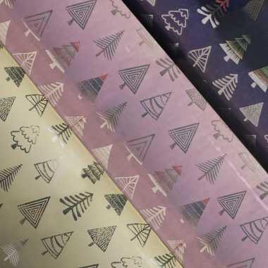 6x rollen kerst inpakpapier/cadeaupapier beige/donkerblauw/roze 2,5 x 0,7 meter