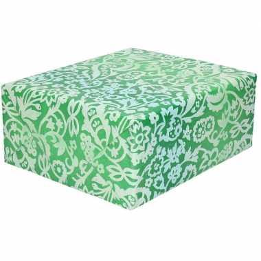 Inpakpapier/cadeaupapier groen bloemenprint 200 x 70 cm rol
