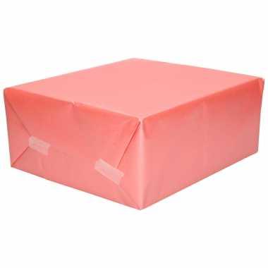 Inpakpapier/cadeaupapier parelmoer roze 200 x 70 cm