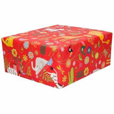 Inpakpapier/cadeaupapier rood dierentuin dieren 200 x 70 cm