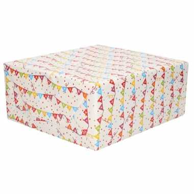 Inpakpapier/cadeaupapier vlaggenlijn happy birthday design 200 x 70 cm op rol