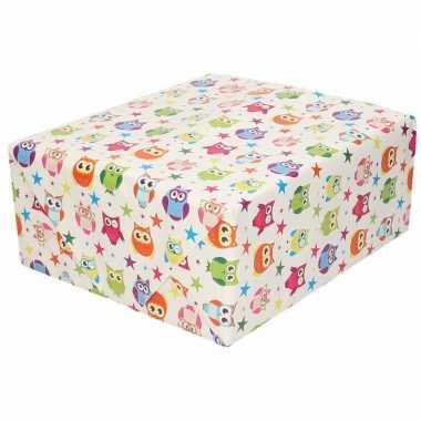 Inpakpapier/cadeaupapier wit met gekleurde uiltjes 200 x 70 cm