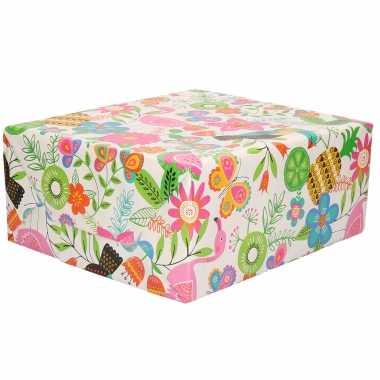 Inpakpapier/cadeaupapier wit met roze bloemen / toekan / meloen / vlinders 200 x 70 cm op rol