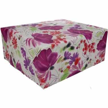 Inpakpapier met bloemen motief 200 x 70 cm op rol type 9