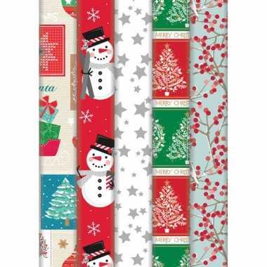 Pakket van 10x rollen kerst inpakpapier/cadeaupapier diverse prints 2 x 0,7 meter