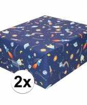 2x inpakpapier cadeaupapier donkerblauw raketten 200 x 70 cm rol