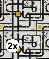 2x inpakpapier cadeaupapier wegen speelkleed 200 x 70 cm