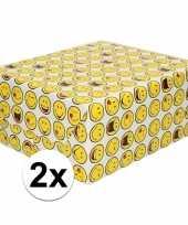 2x inpakpapier cadeaupapier wit met smileys 200 x 70 cm