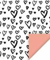 Inpakpapier cadeaupapier hartjes 200 x 70 cm wit zwart roze