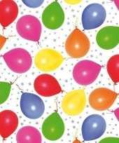 Inpakpapier cadeaupapier metallic wit ballonnen 150 x 70 cm