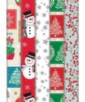 Pakket van 5x rollen kerst inpakpapier cadeaupapier diverse prints 2 x 0 7 meter